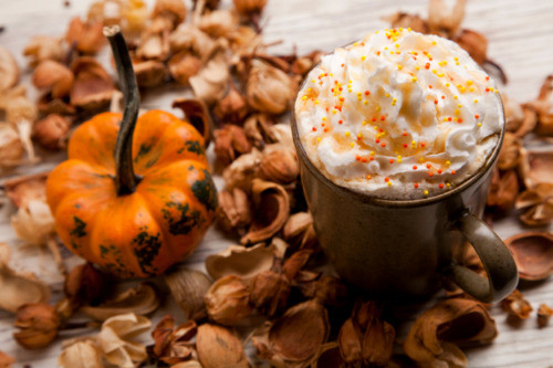 Halloween Coffee Drinks  Happy Hour Special Autumn Inspired Cocktails