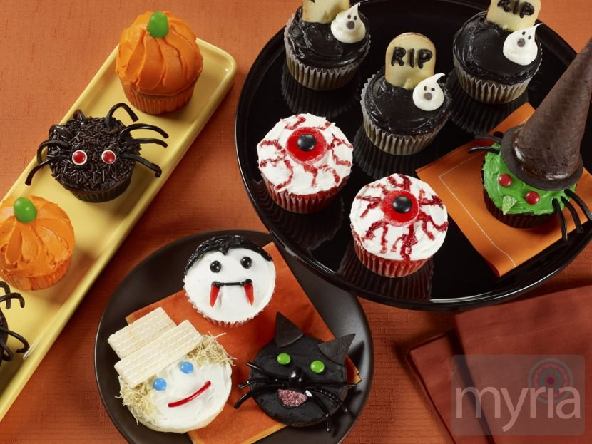 Halloween Cookies And Cupcakes  A few tricks for your treats Halloween cookies & cupcakes