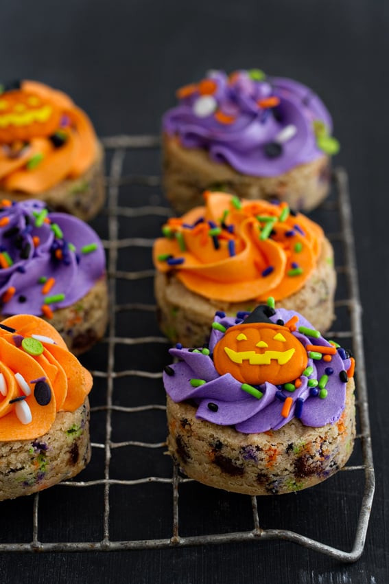 Halloween Cookies Recipes Easy  Easy Halloween Cookie Recipes