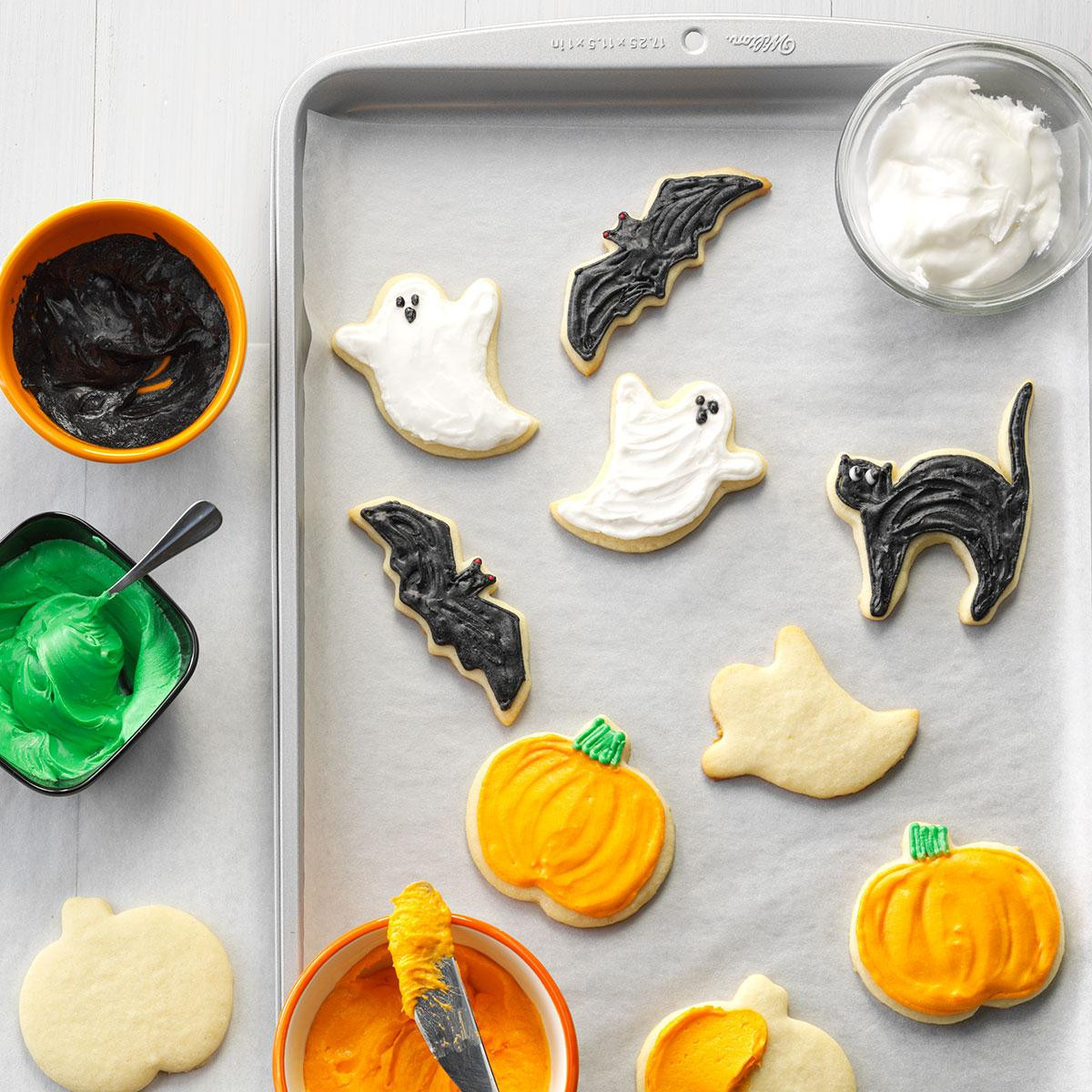 Halloween Cookies Recipes  Halloween Party Cutout Cookies Recipe