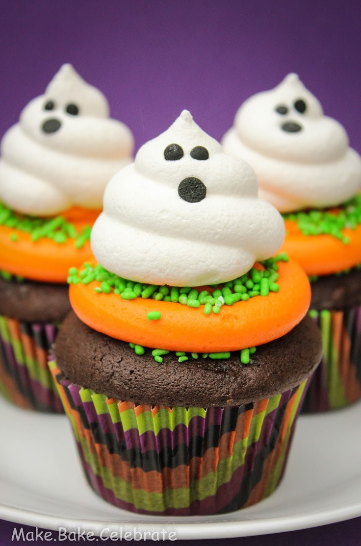 Halloween Cupcakes Cake  Best 25 Ghost cupcakes ideas on Pinterest