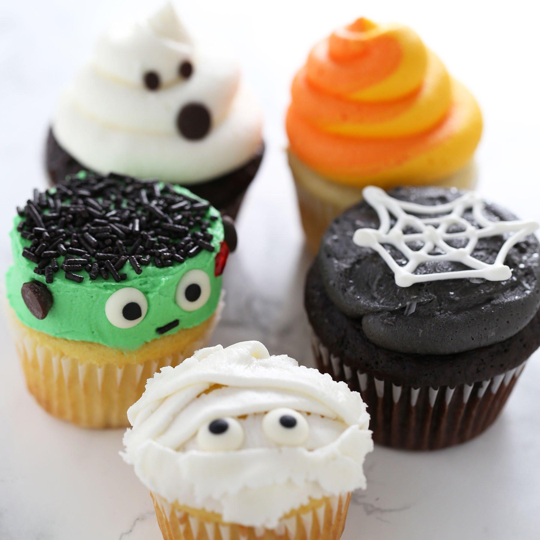 Halloween Cupcakes Cake  How to Make Halloween Cupcakes Handle the Heat