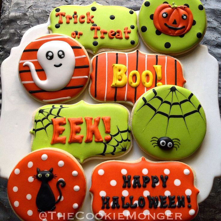 Halloween Decorated Sugar Cookies  468 best images about munity Cookie Contest Love Is