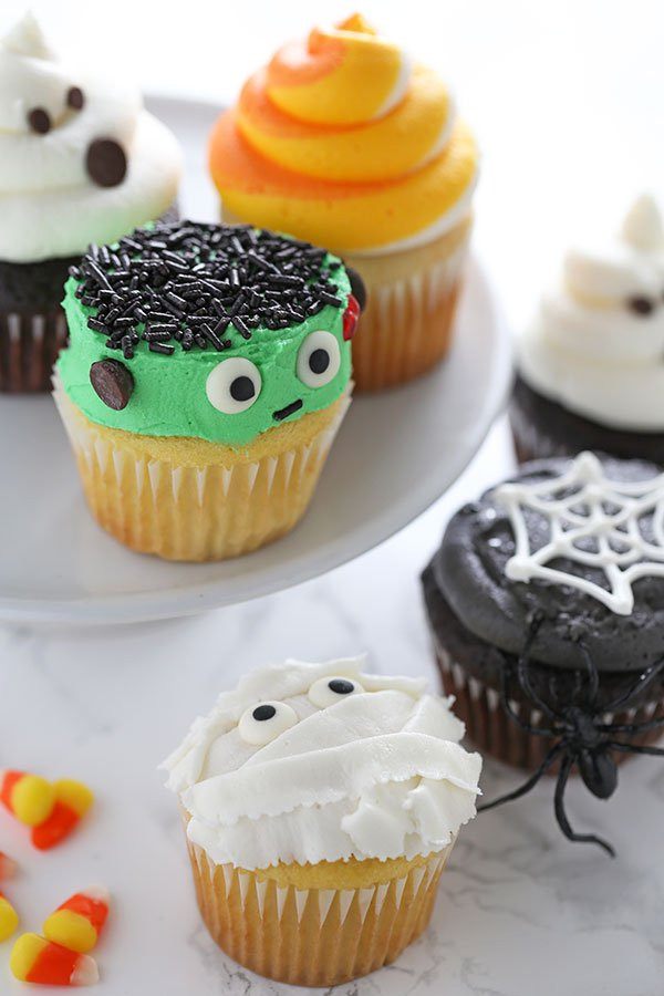 Halloween Decorating Cupcakes  How to Make Halloween Cupcakes Handle the Heat
