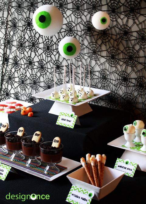 Halloween Dessert Table  Last minute Halloween dessert table