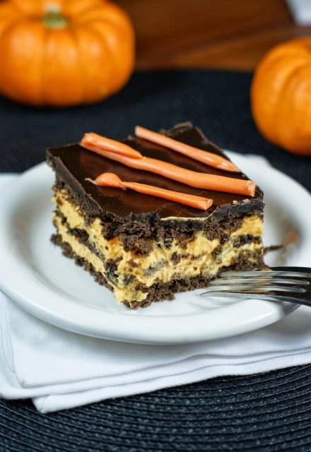 Halloween Desserts No Bake  Halloween No Bake Chocolate Eclair Dessert