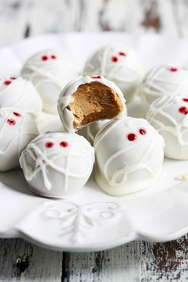 Halloween Desserts No Bake  27 Frightfully Easy No Bake Halloween Treats