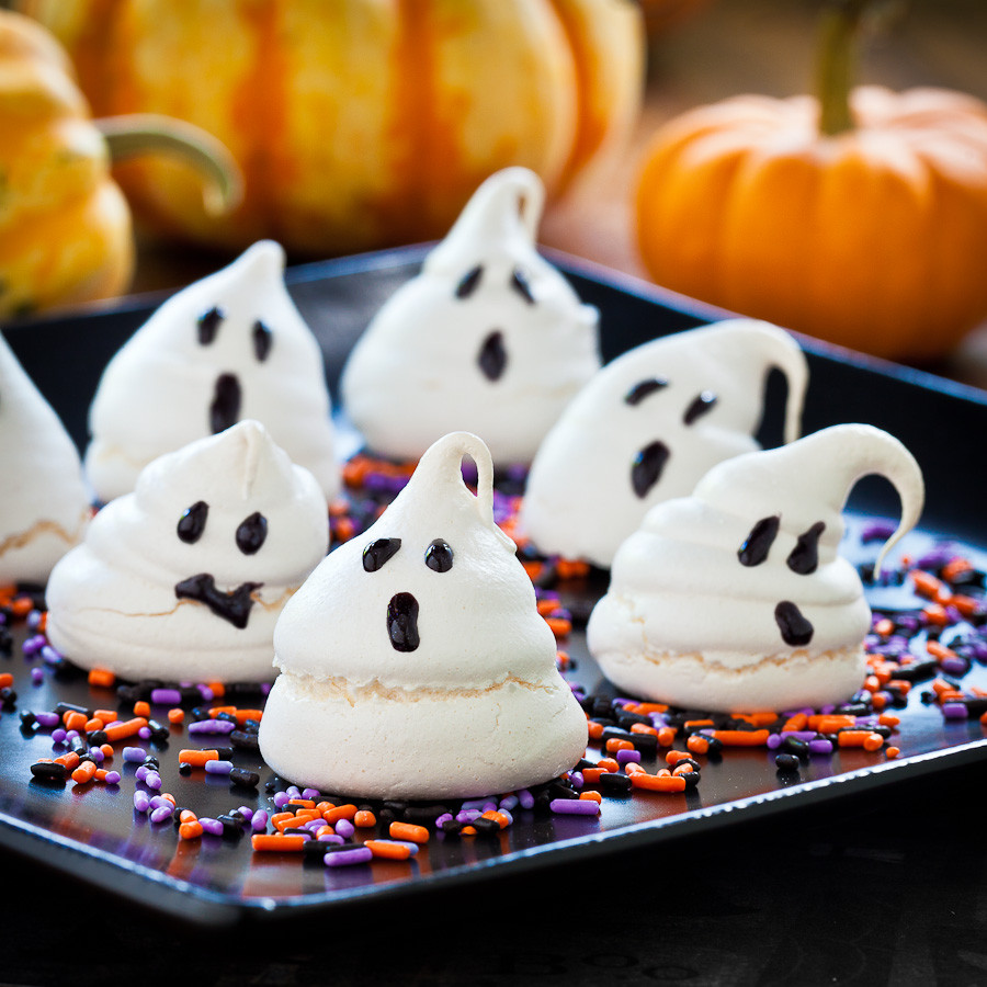 Halloween Ghost Cookies  Cute Food For Kids 48 Edible Ghost Craft ideas for Halloween