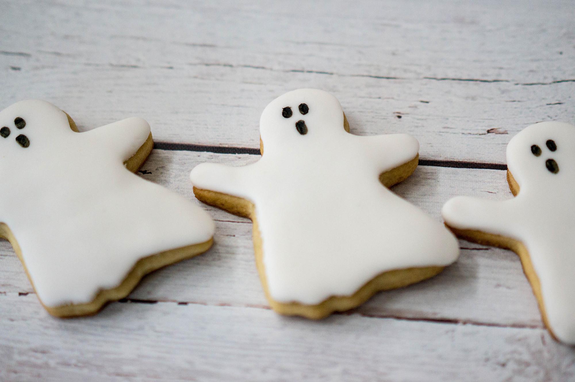 Halloween Ghost Cookies  Easy Spooky Halloween Cookies The Best Ideas for Kids