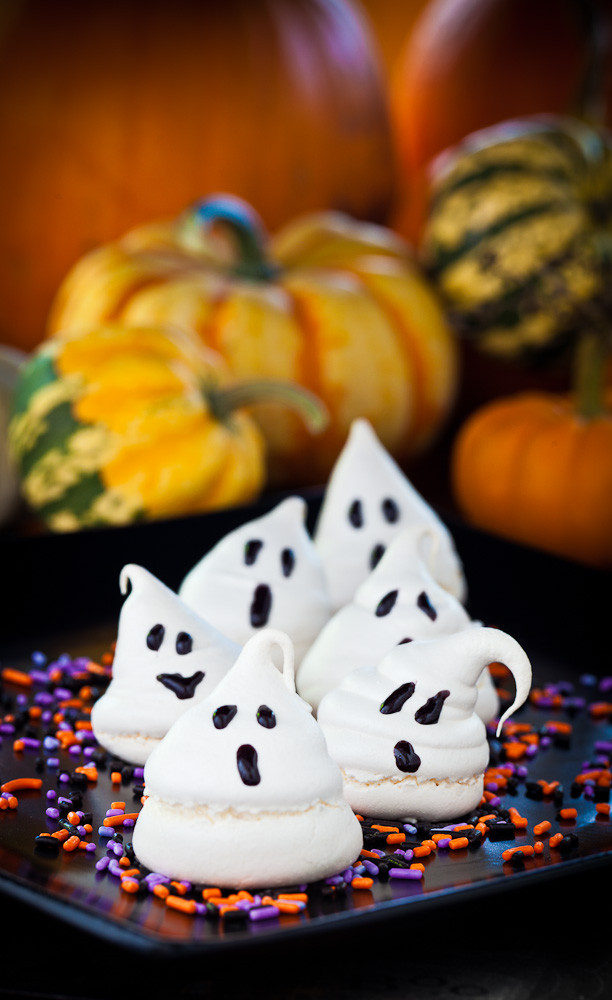 Halloween Ghost Cookies  Peggy Eddleman Will Write For Cookies October 2011