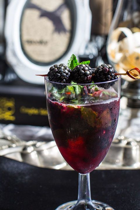 Halloween Party Alcoholic Drinks  25 best ideas about Halloween alcoholic drinks on
