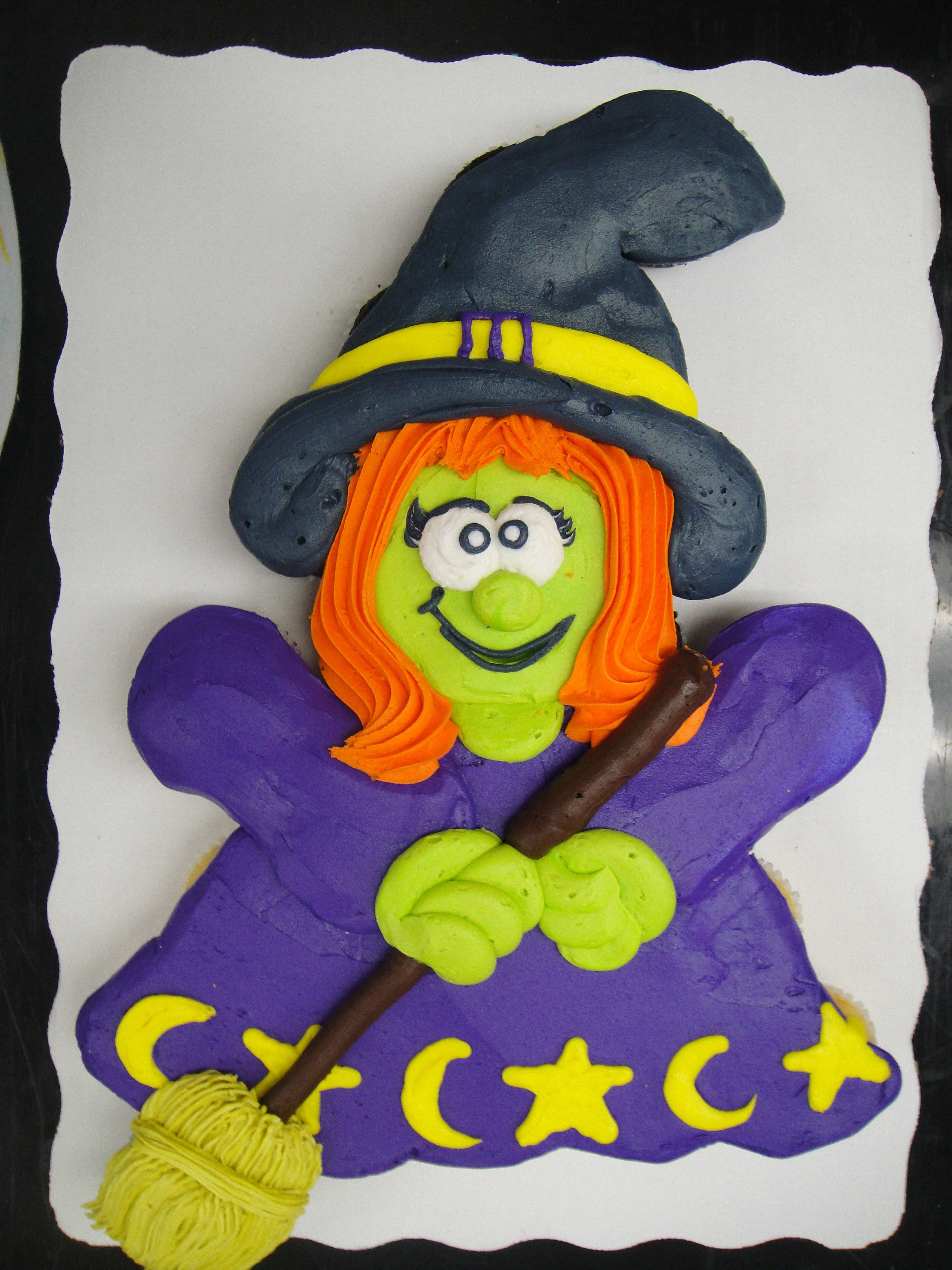 Halloween Pull Apart Cupcakes  cute witch 24 cupcakes buttercream