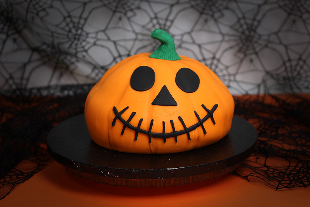 Halloween Pumpkin Cake  How to Make a Halloween Pumpkin Cake Hobbycraft Blog
