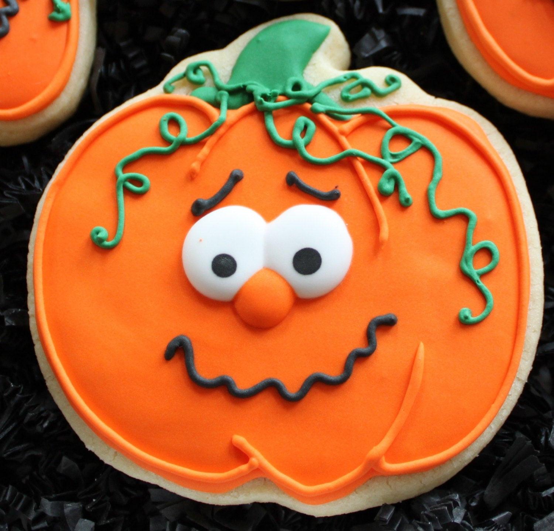 Halloween Pumpkin Cookies  Decorated Pumpkin Cookies Halloween pumpkins Halloween