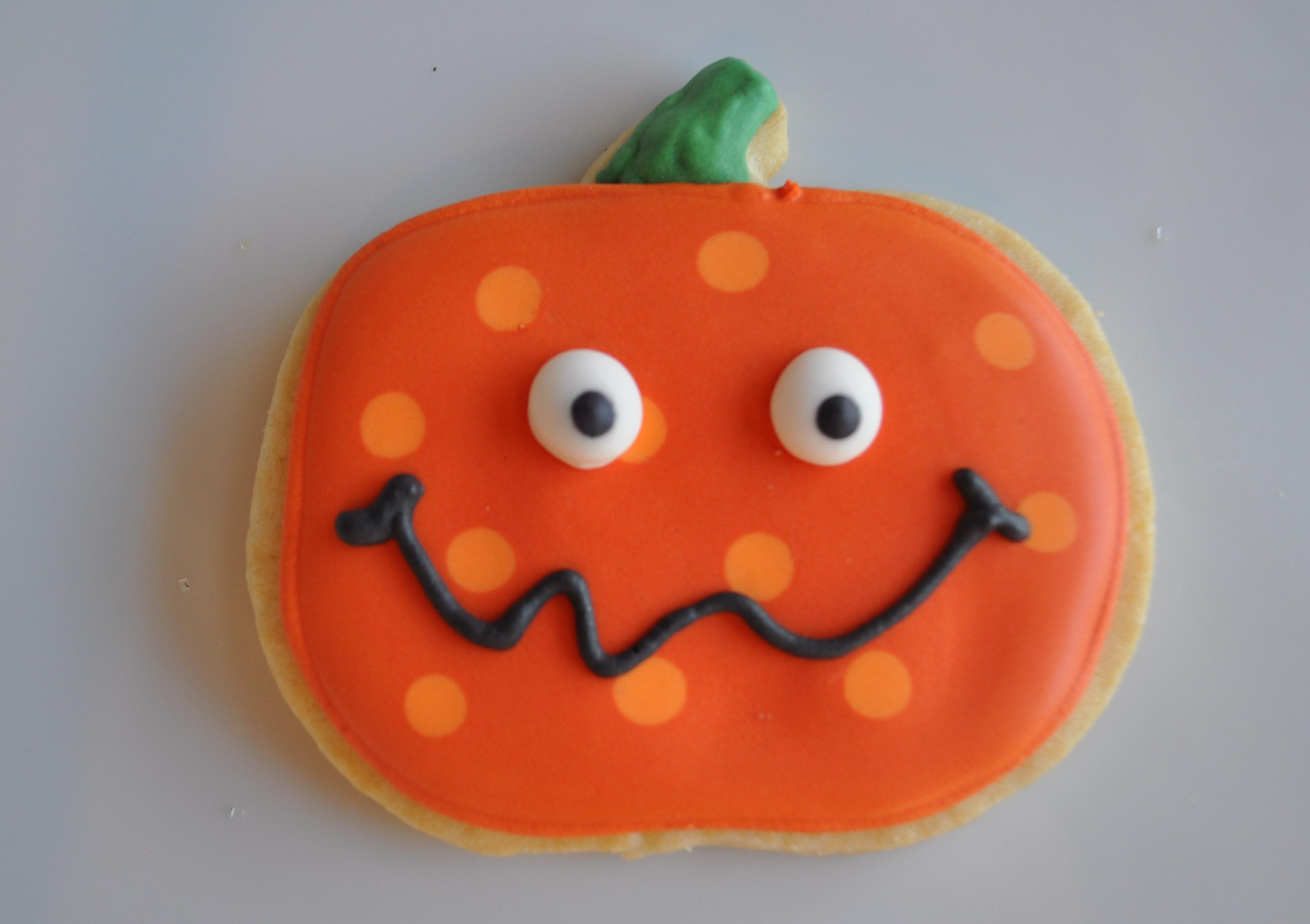 Halloween Pumpkin Cookies  Halloween Cookies 2012 – Suz Daily