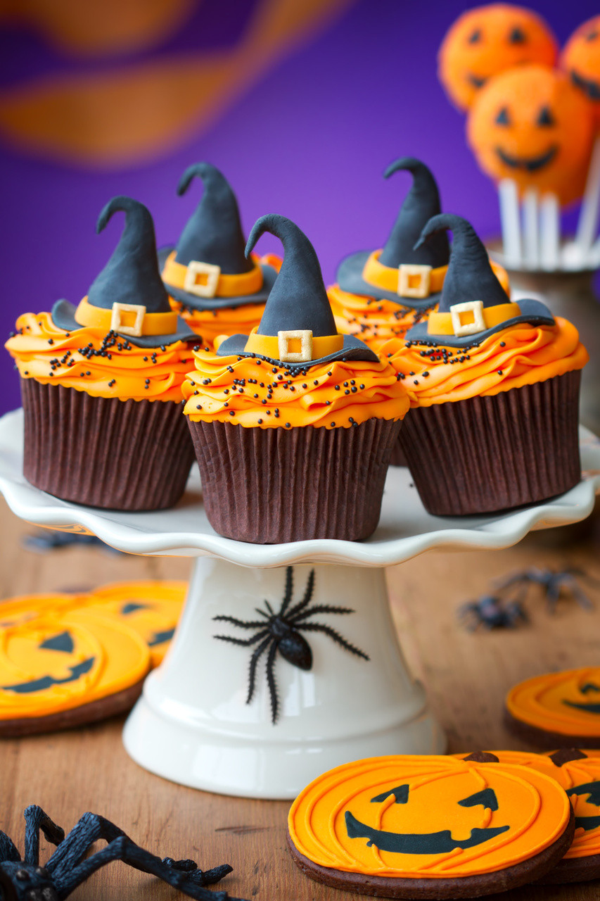 Halloween Witch Cupcakes  Halloween Cupcake Ideas