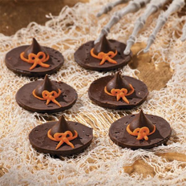 Halloween Witches Hats Cookies  12 5 Minute Halloween Treats