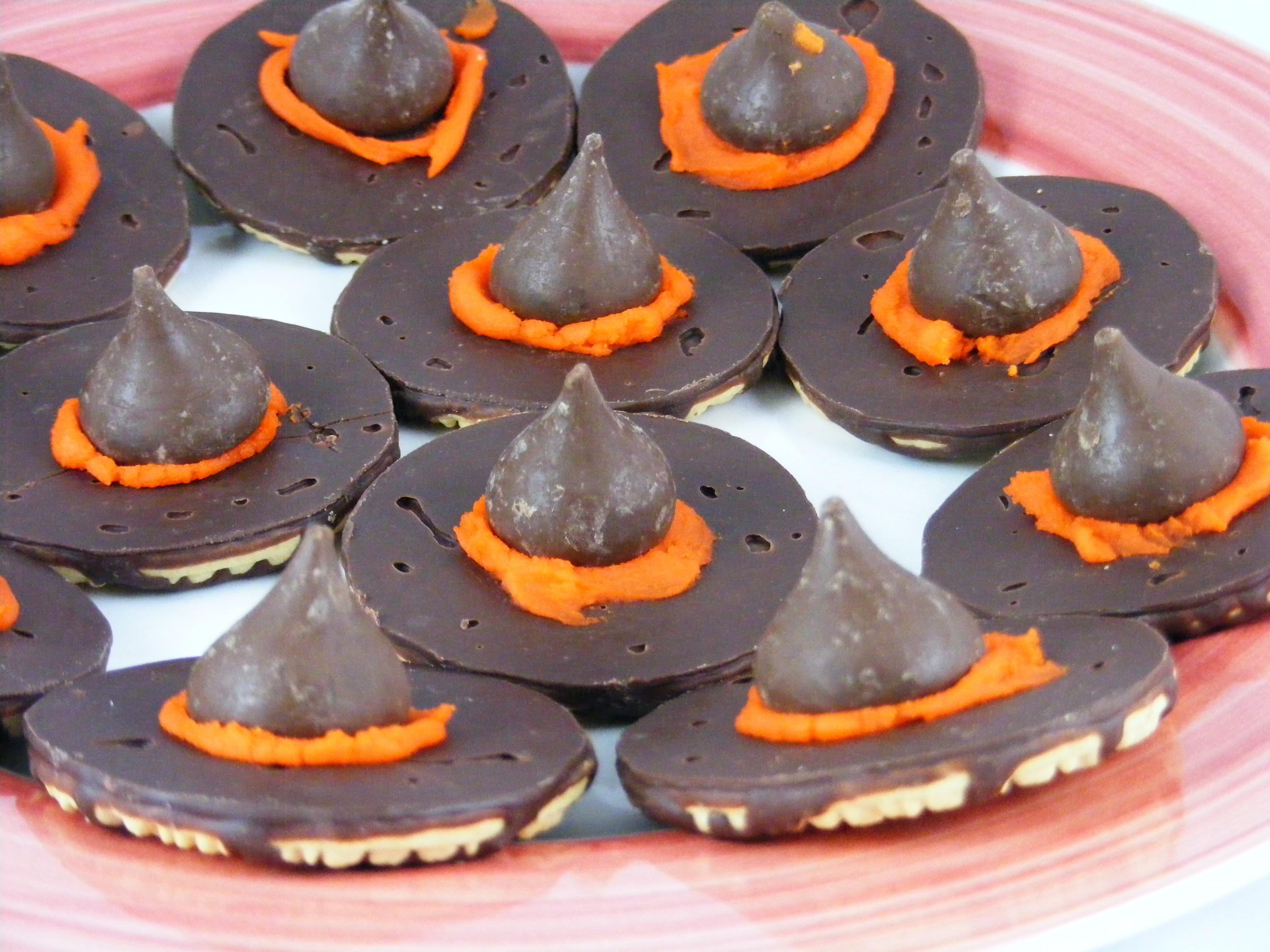 Halloween Witches Hats Cookies  301 Moved Permanently