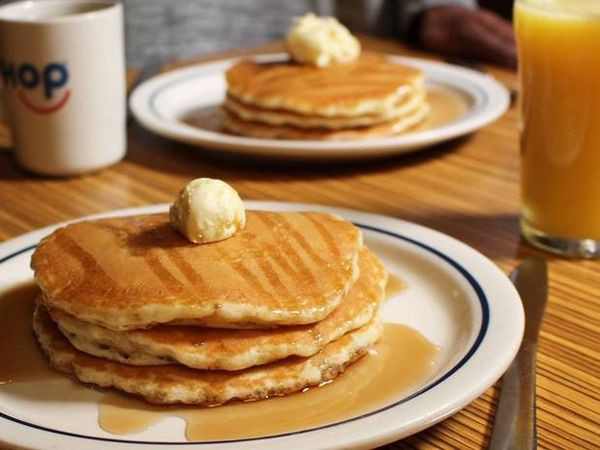 Ihop Halloween Free Pancakes 2019  IHOP Giving Away Free Pancakes All Day Kingteeshop