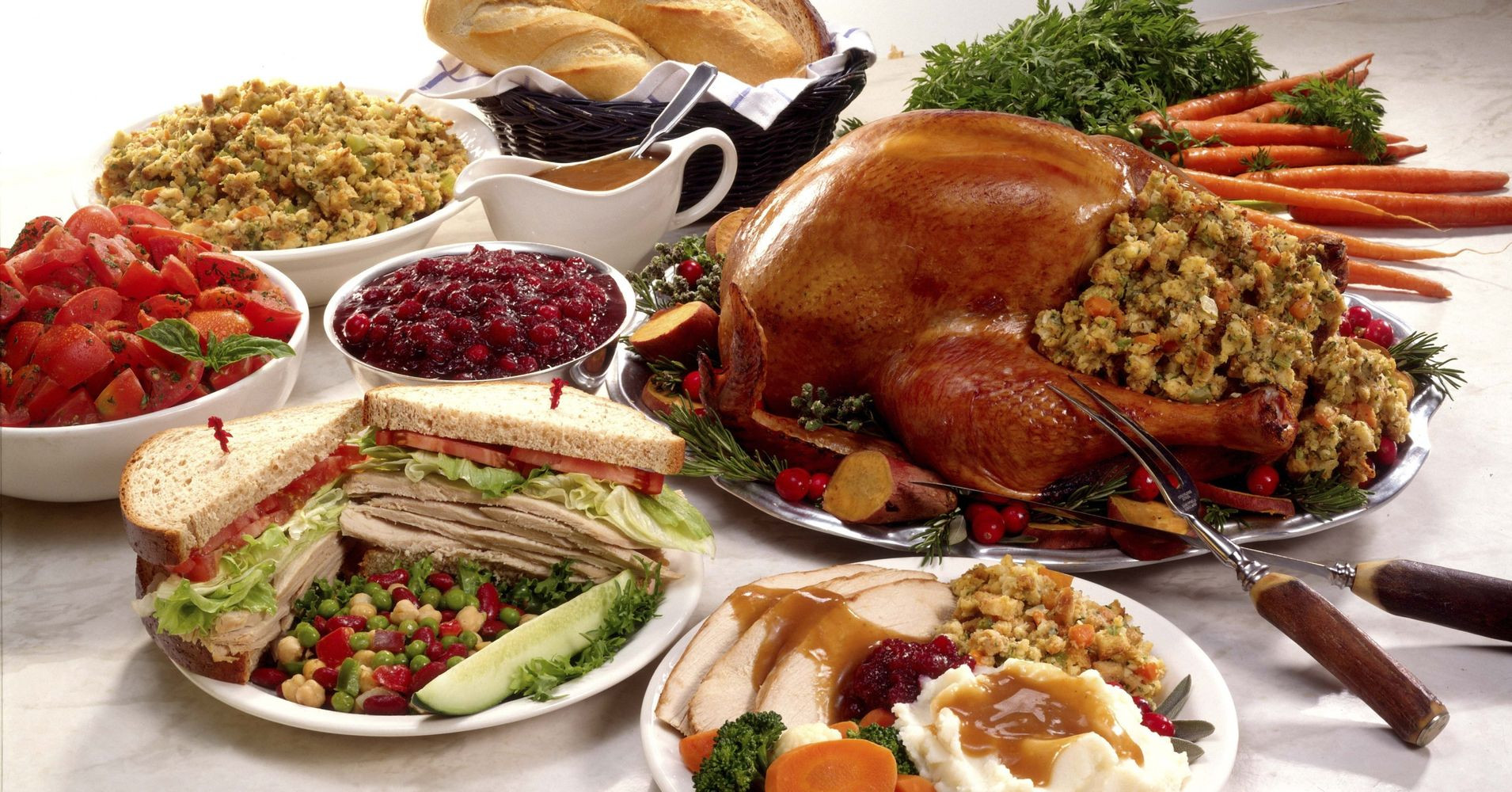 Images Of Thanksgiving Dinners  Yes Thanksgiving Dinner Really Could Trigger A Heart