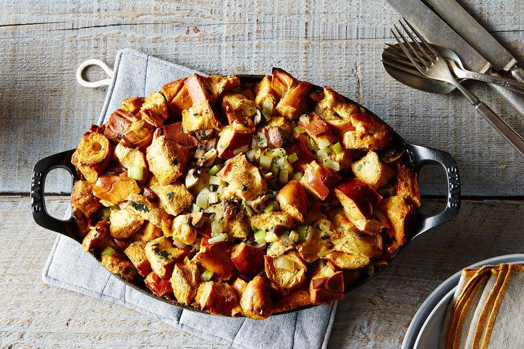 Ina Garten Thanksgiving Gravy Recipe  Ina Garten Make Ahead Thanksgiving Time Saving Tips