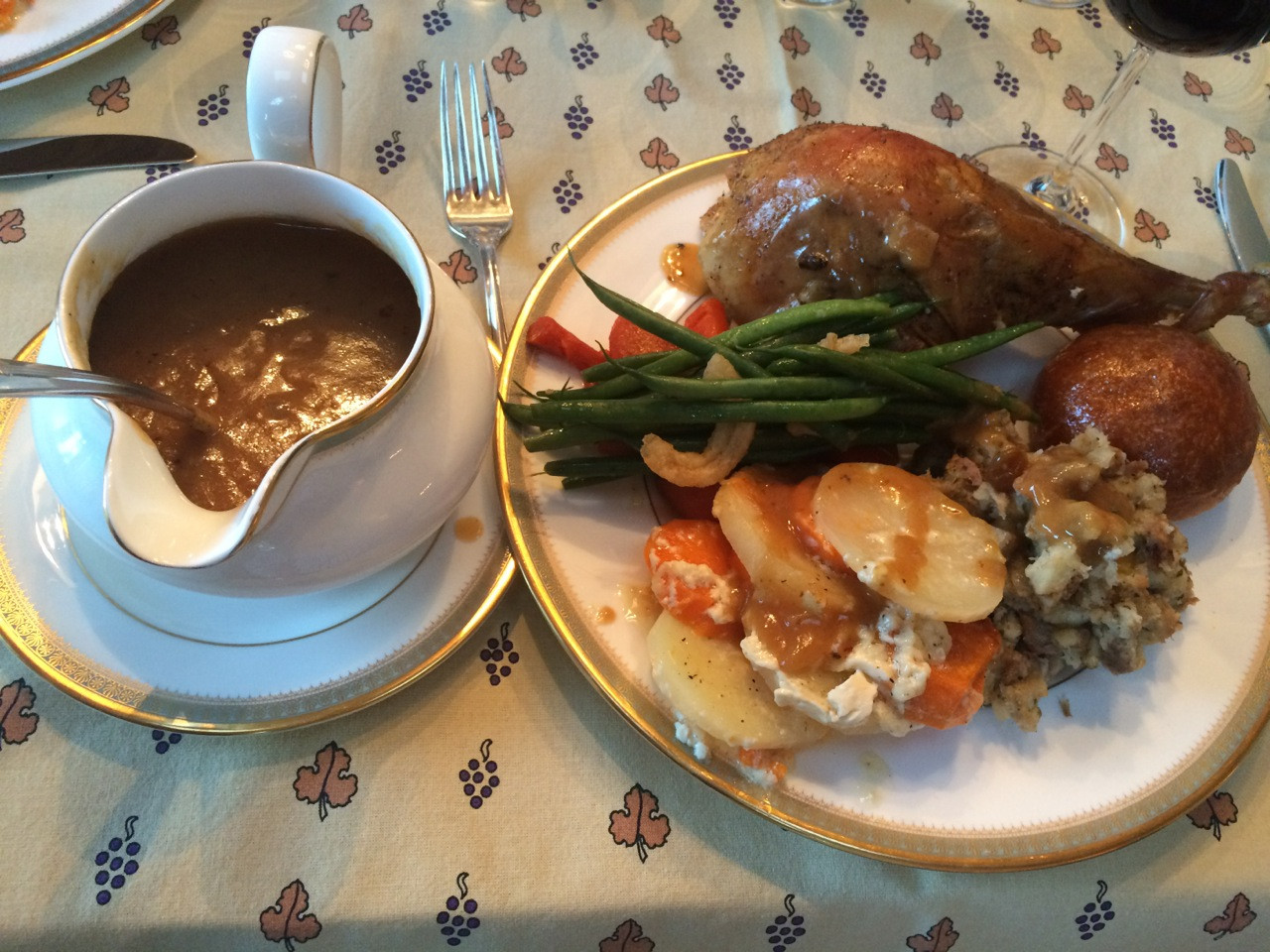 Ina Garten Thanksgiving Turkey  Ina Garten s Homemade Make Ahead Gravy Everyday Cooking
