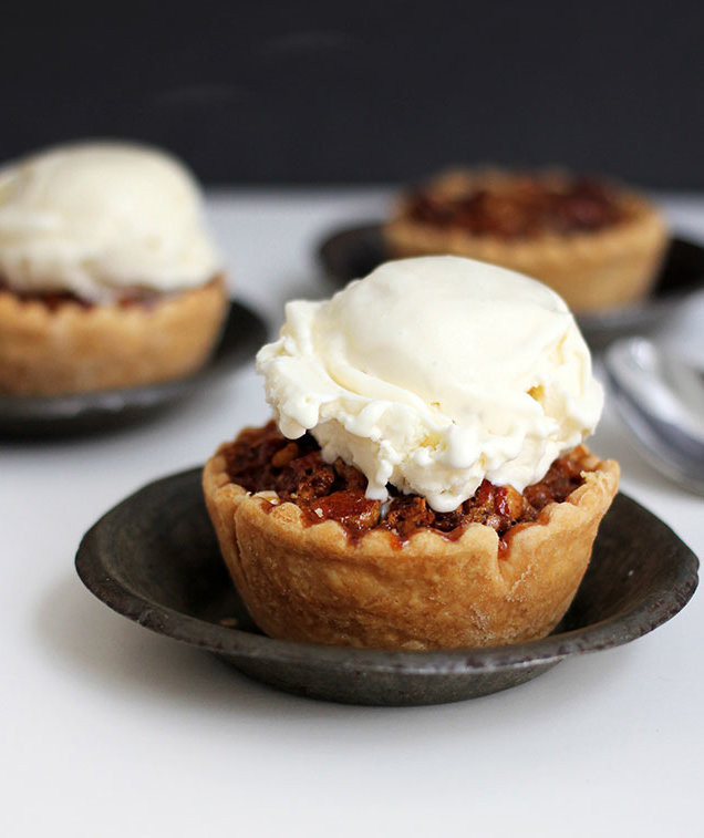 Individual Thanksgiving Desserts  Mini Chocolate Bourbon Pecan Pies