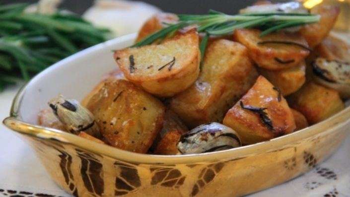 Italian Christmas Side Dishes  100 Gino d acampo recipes on Pinterest