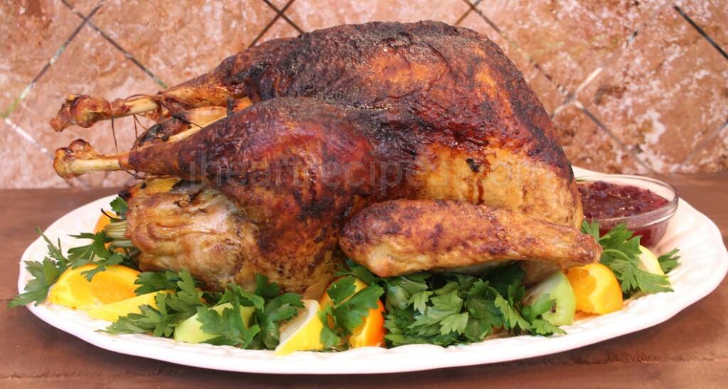 Juicy Thanksgiving Turkey Recipe  Juicy Whole Roasted Turkey