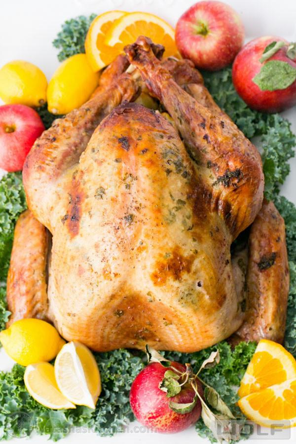 Juicy Thanksgiving Turkey Recipe  Favorite Thanksgiving Recipes The Crafting Chicks
