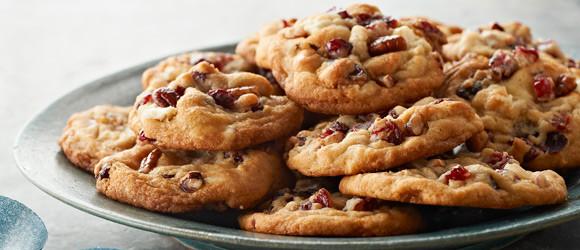 Kris Kringle Christmas Cookies  Christmas Cookie Recipes Kraft Canada