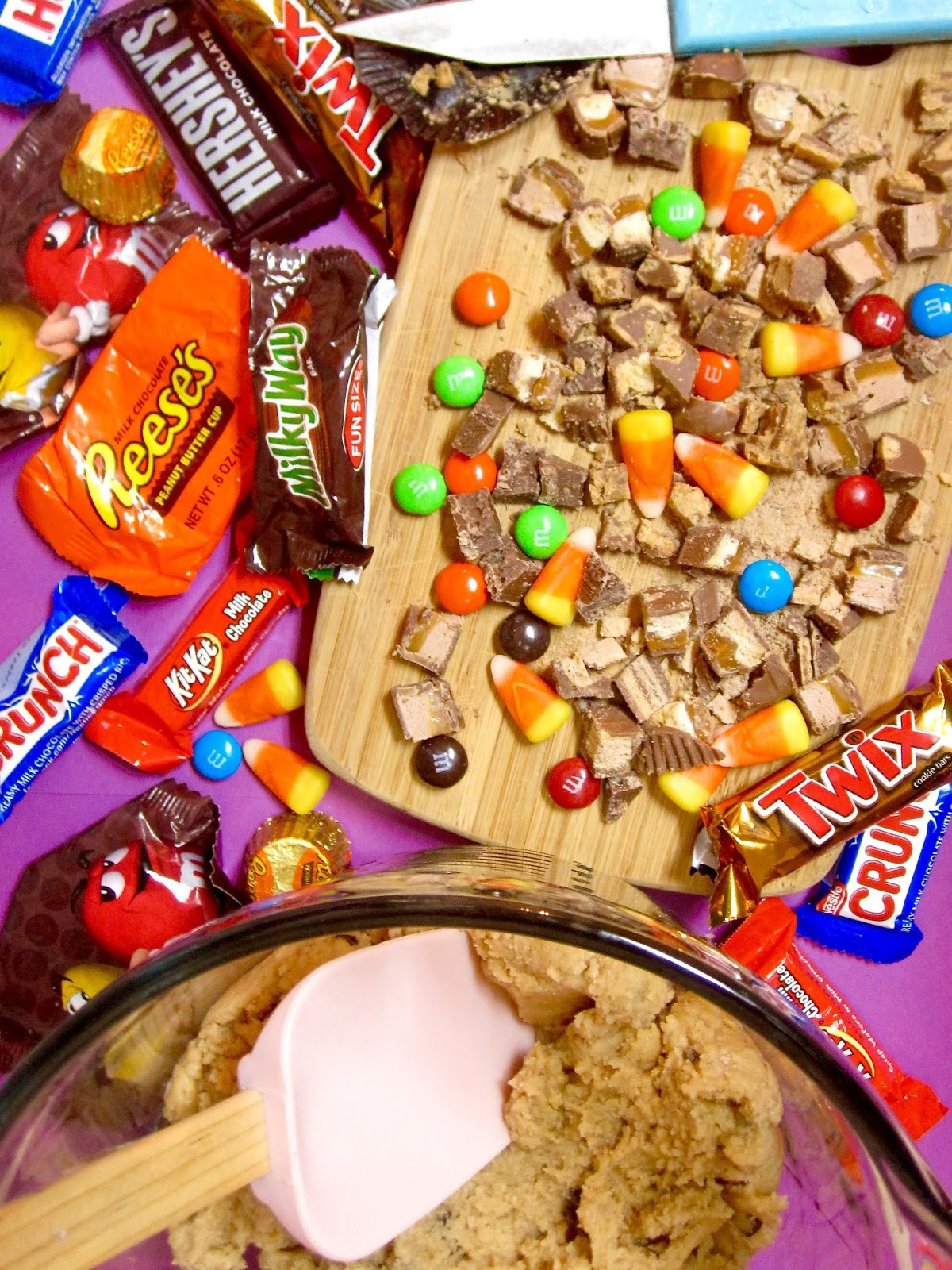 Leftover Halloween Candy Cookies  Leftover Halloween Candy Cookies Candy Bar Cookies