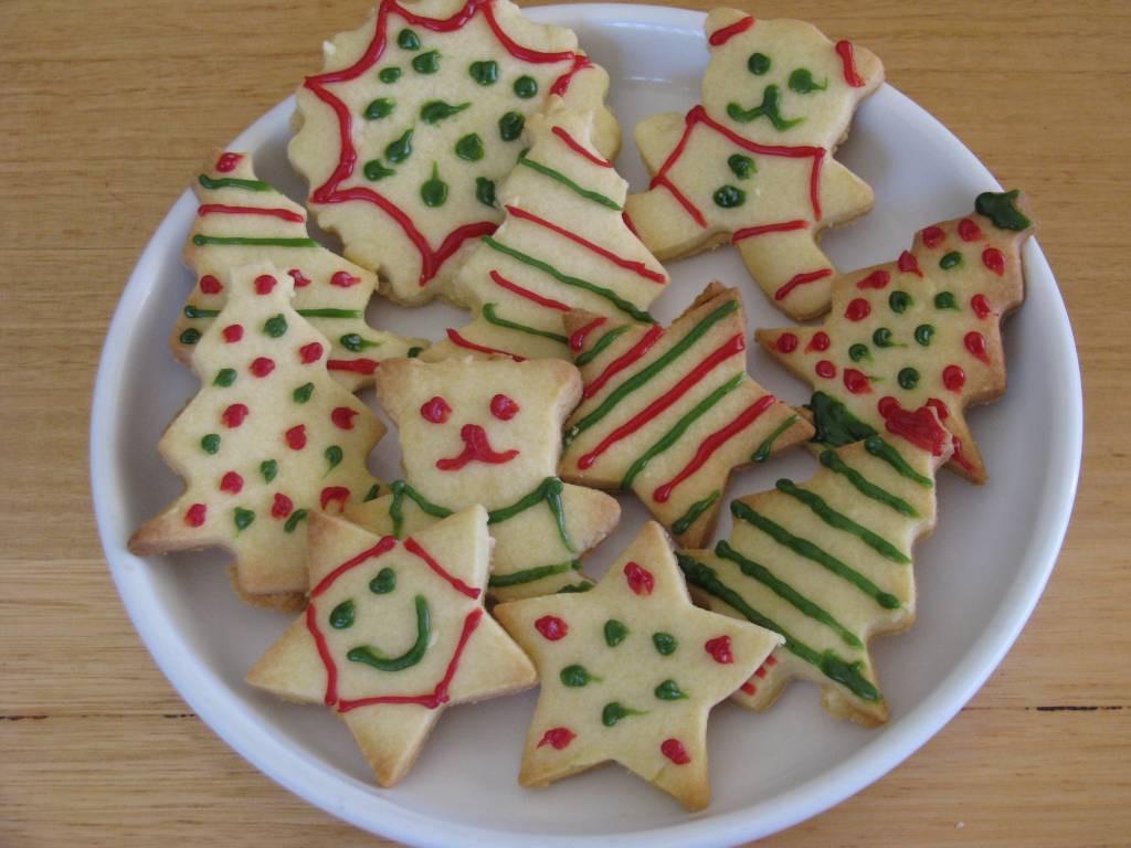 Making Christmas Cookies  List of Christmas Activities