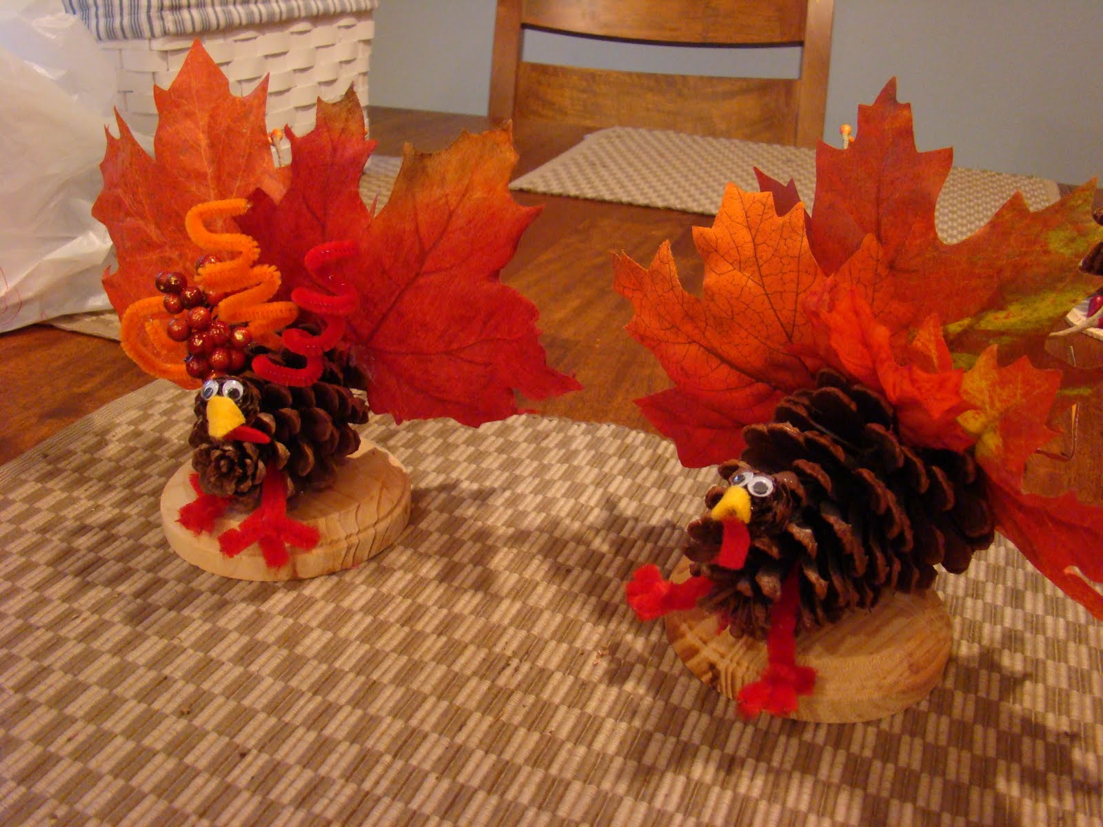 Making Thanksgiving Turkey  Thanksgiving Turkey Crafts To Make With Leaves Atta Girl