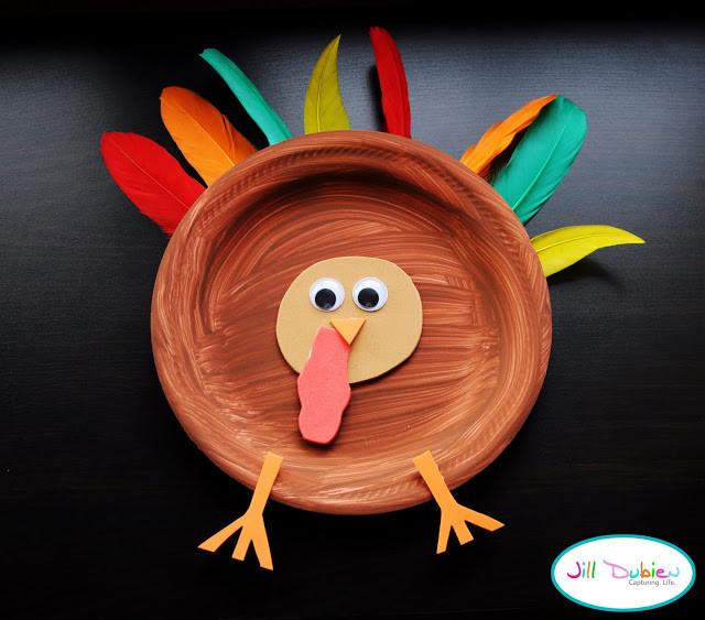 Making Thanksgiving Turkey  Paper Plate Turkeys