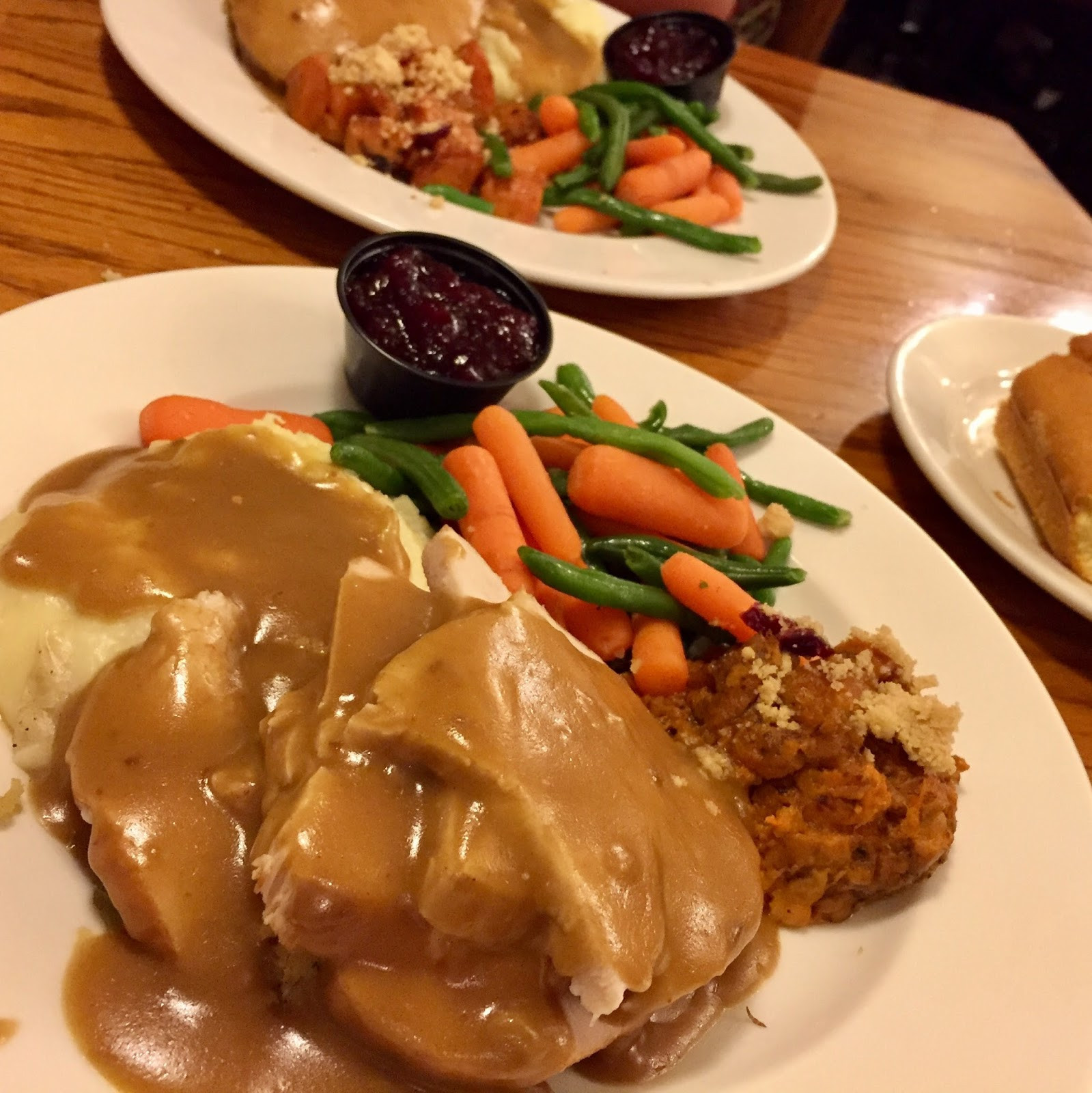Marie Callender'S Thanksgiving Dinners To Go  Monster Munching $19 99 Thanksgiving Meal at Marie