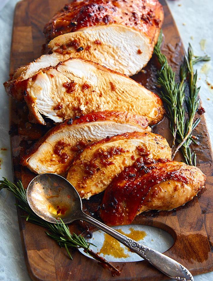 Marinating Thanksgiving Turkey  Roasted Marinated Turkey Breast i FOOD Blogger