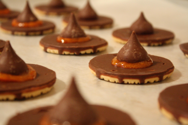 No Bake Halloween Cookies  No Bake Halloween Treats