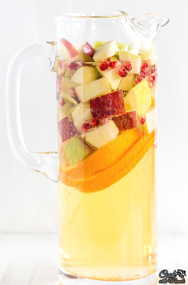 Non Alcoholic Thanksgiving Drinks  Refreshing DIY Non Alcoholic Apple Cider Sangria