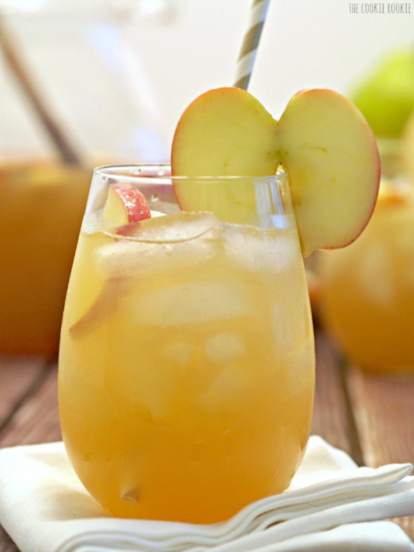 Non Alcoholic Thanksgiving Drinks  Apple Pie Punch Cocktails DrinkWire