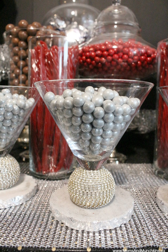Pinterest Christmas Candy  Holiday Candy Bar Ideas Moms & Munchkins