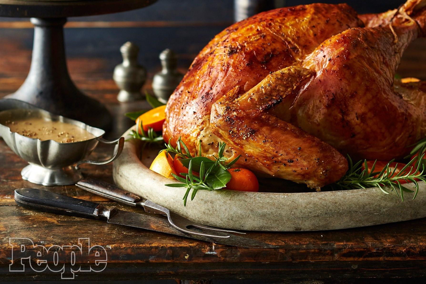 Pioneer Woman Thanksgiving Turkey Brine  Turkey Brine Ree Drummond s Apple Cider Roast Turkey Recipe
