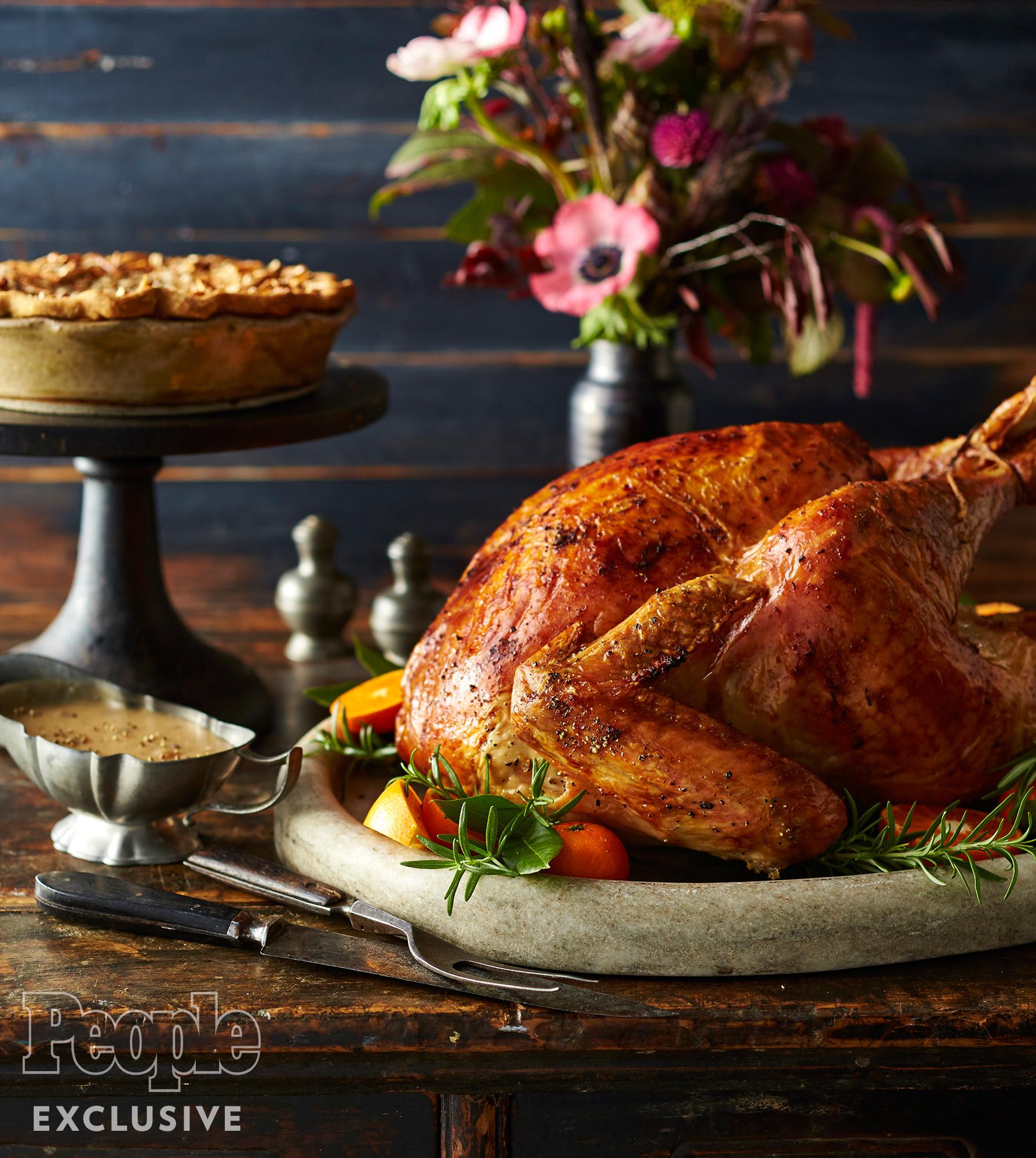 Pioneer Woman Thanksgiving Turkey Brine  Turkey Brine Ree Drummond s Apple Cider Roast Turkey