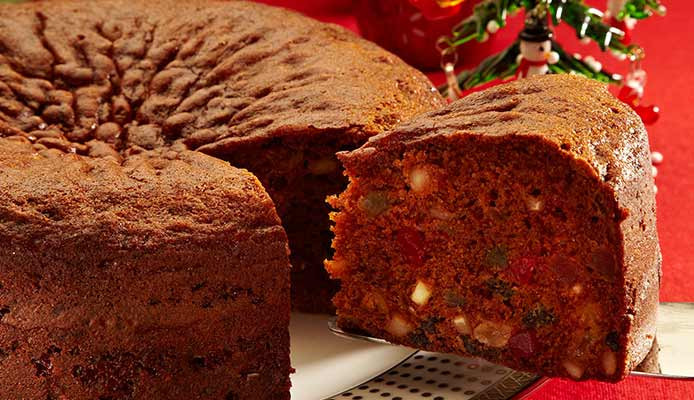 Quick And Easy Christmas Cake Recipes  Quick and Easy Best Christmas Cake Recipes Nestle Milkmaid