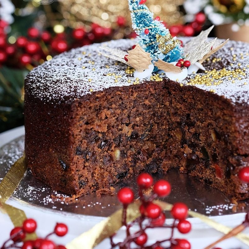 Quick And Easy Christmas Cake Recipes  how to make quick and easy fruit cake Archives