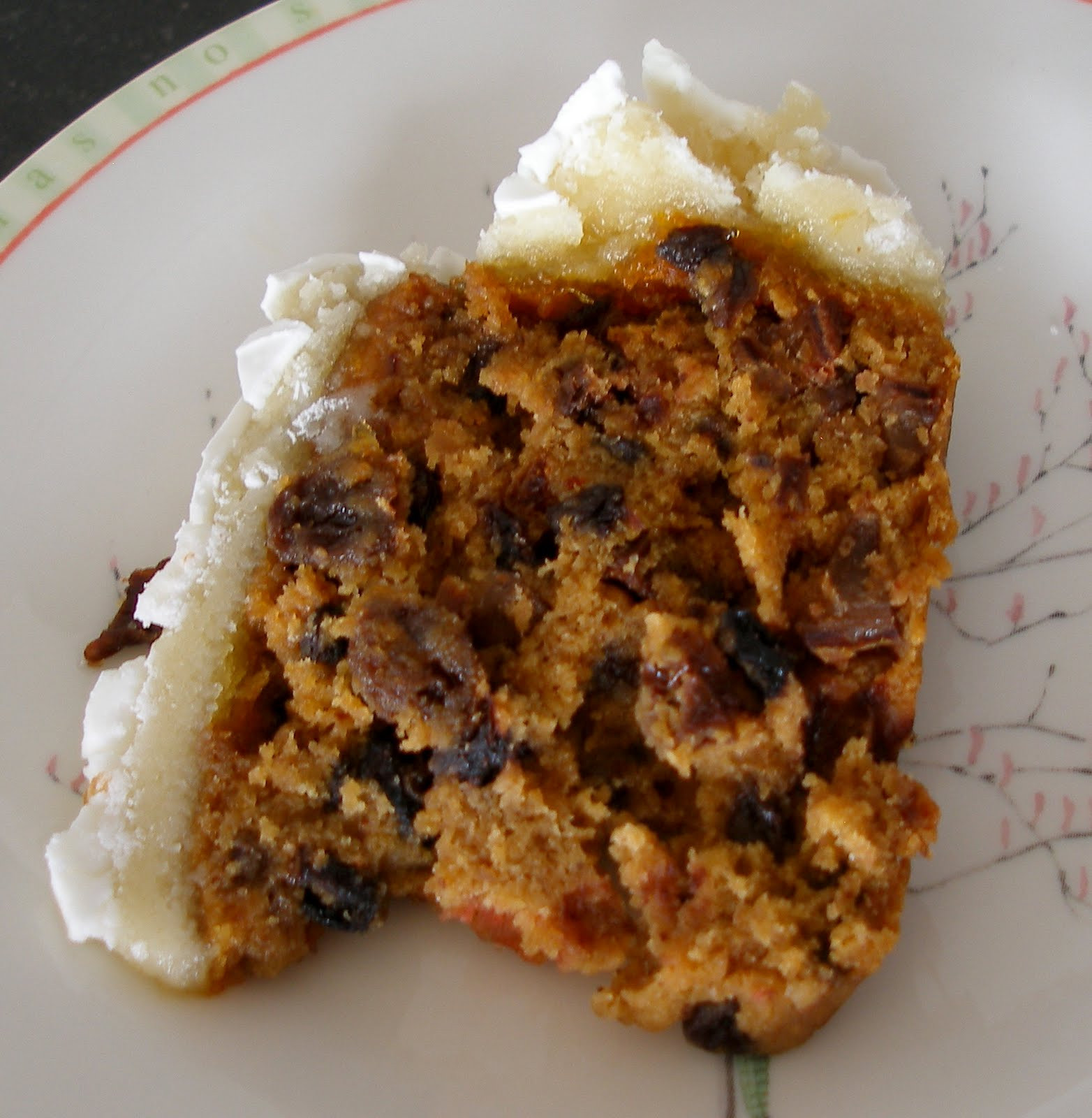 Recipes For Christmas Cake  The Knitting Blog by Mr Puffy the Dog A Traditional