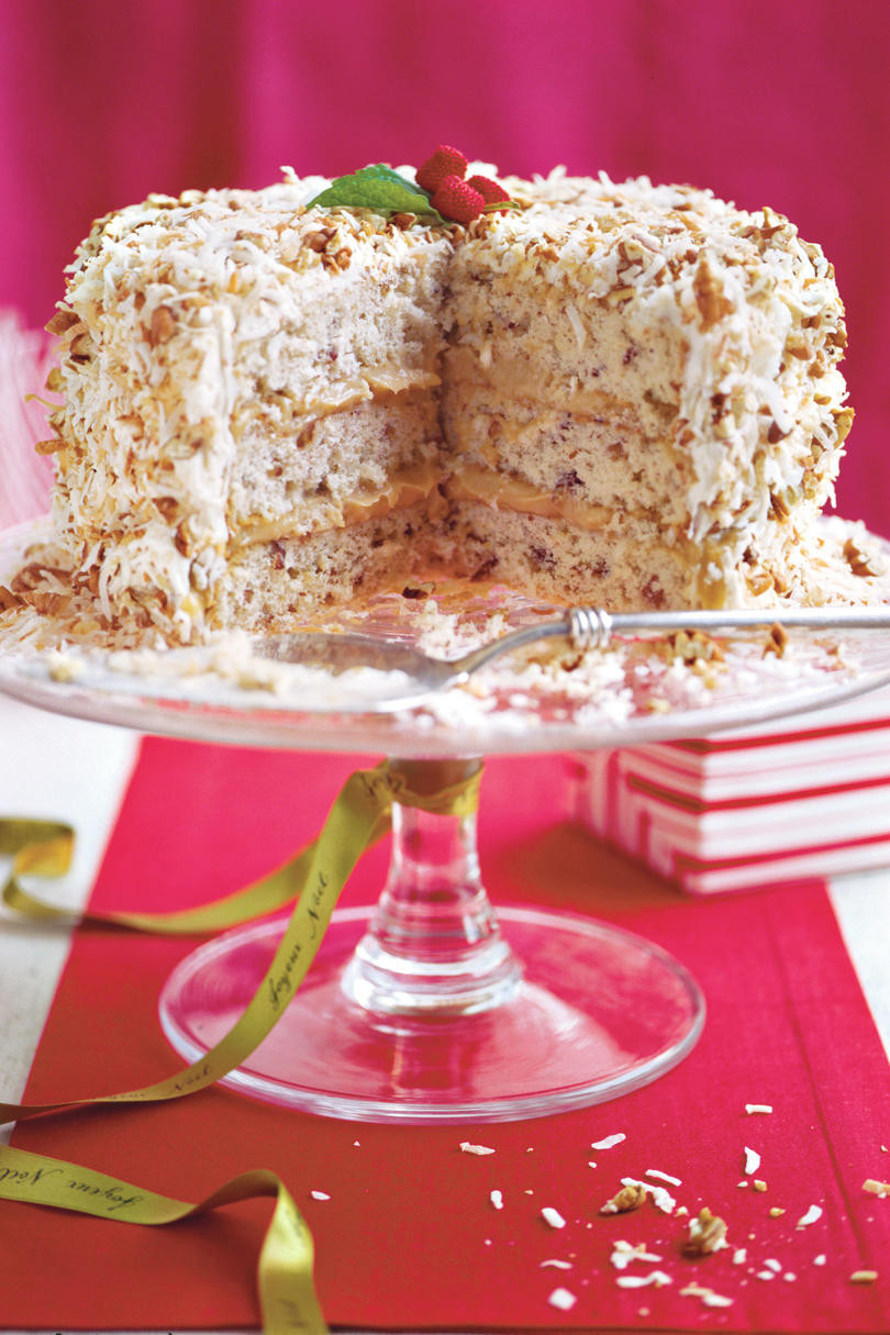 Recipes For Christmas Cake  Heavenly Holiday Desserts Southern Living