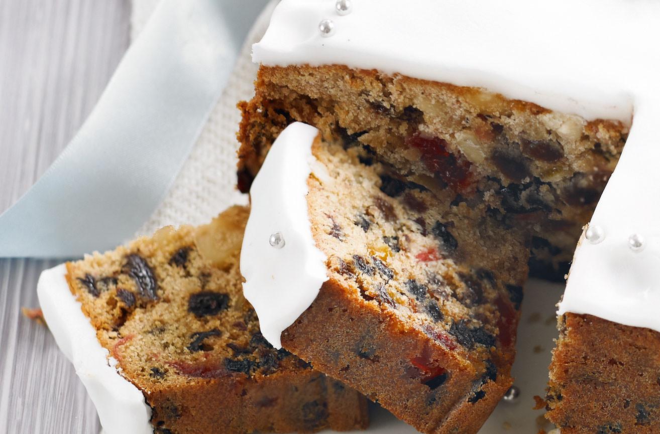 Recipes For Christmas Cake  Easy Christmas Cake Dessert Recipes