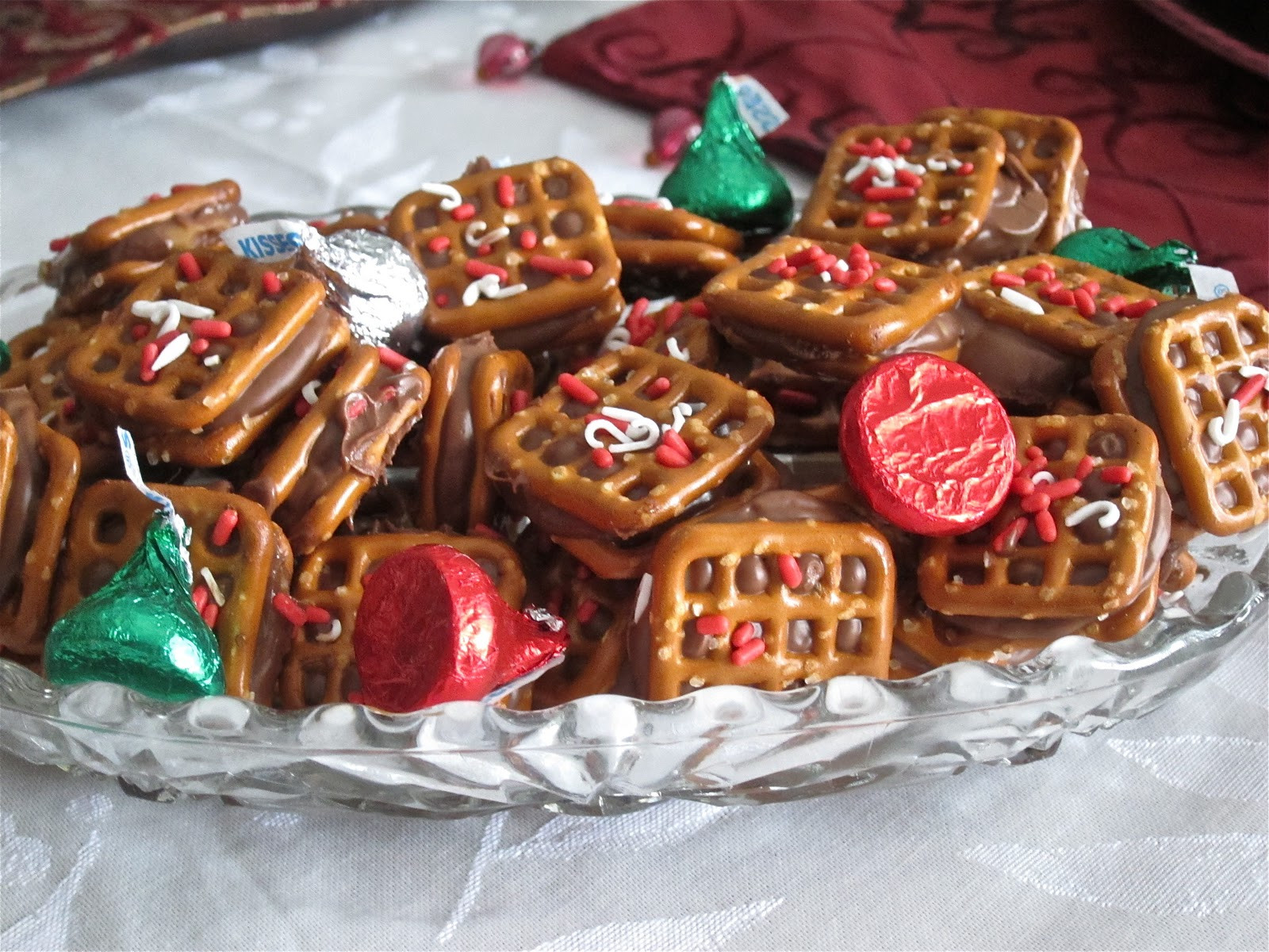Rolo Christmas Cookies  Rolo Pretzel Sandwiches and Turtles