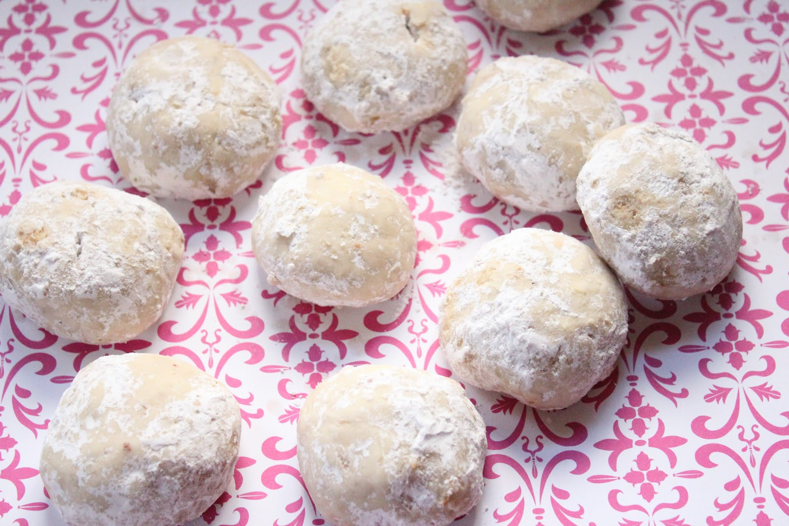 Russian Christmas Cookies  Russian Tea Cookies